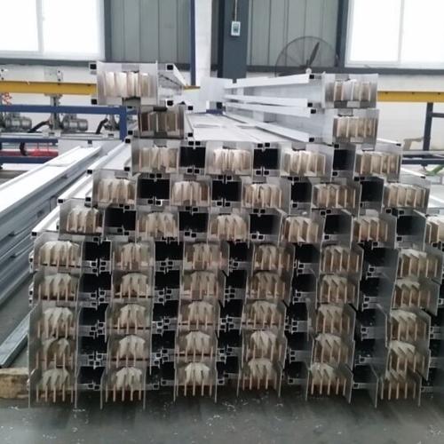 铜铝复合母线槽使用