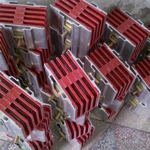母线连接器产品结构