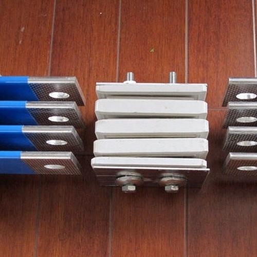 JY高压共箱隔相母线槽