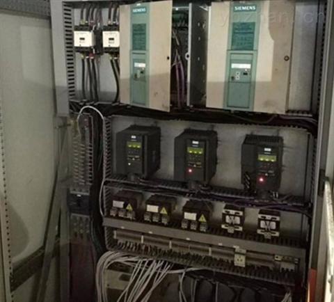 西门子6RA8O控制器启动就报F60005
