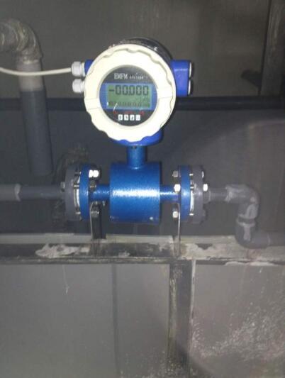 污水电磁流量计现场安装图
